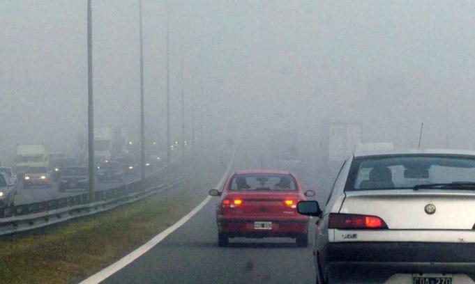 niebla en la ruta