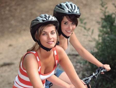 uso casco ciclista