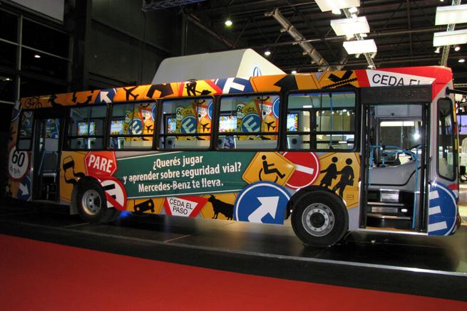 Autobus didáctico Mercedes-Benz.