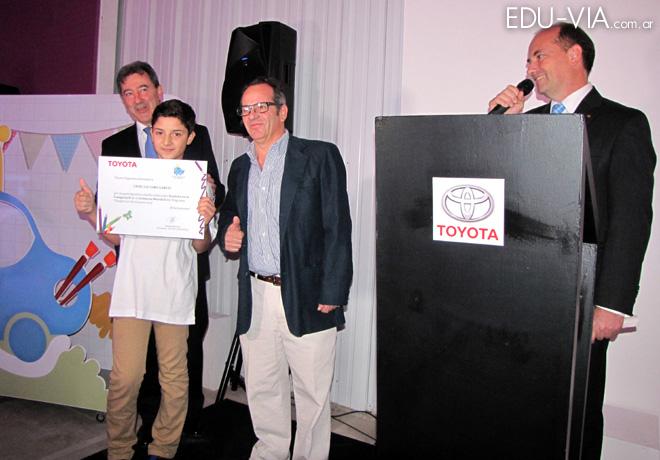 Toyota - Lanzamiento de la tercera Edicion del Programa Dream Car Art Contest 7