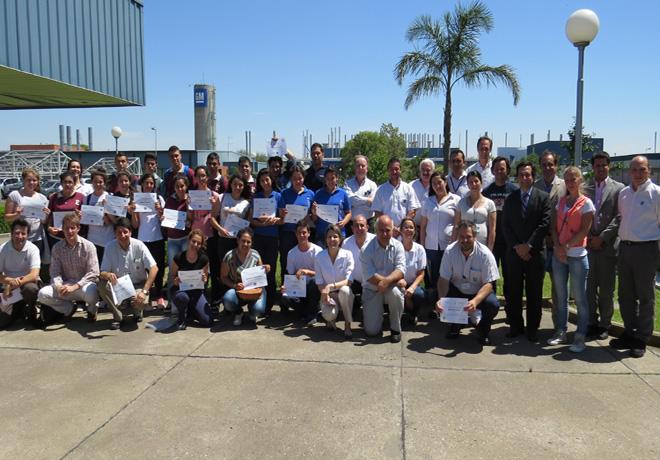 Cierre-2014-del-Programa-Empresarios-del-Futuro-de-GM-Argentina