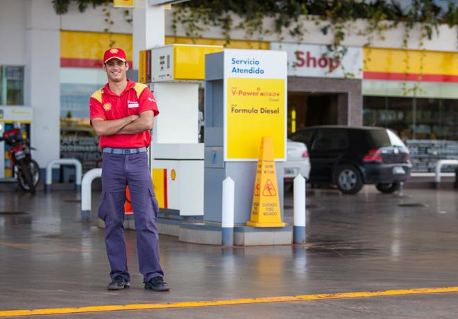Federico Reckziegel de la Estación de Servicio Shell de Puerto Rico, provincia de Misiones