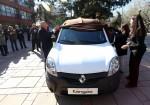 Fundacion-Renault-Argentina-CONIN-Donacion-Kangoo-1