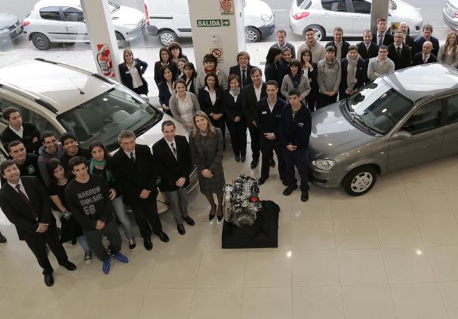 GM-Donacion-de-vehiculo-y-motor-Chevrolet-en-la-ciudad-de-Buenos-Aires