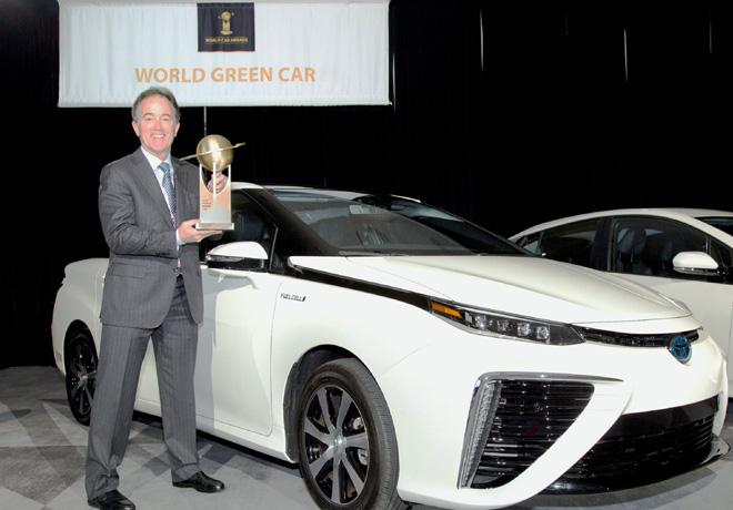Toyota-Mirai-elegido-como-el-Auto-Verde-del-Año