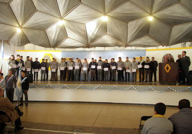 Entrega Becas Fundación Renault 2