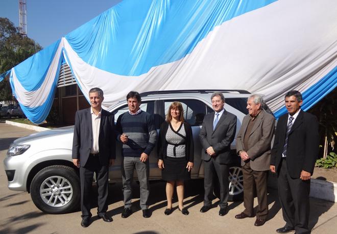 Toyota-contribuye-a-la-educacion-en-escuelas-tecnicas-Entrega-Chaco