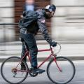 Bicicleta y auriculares