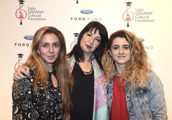 Ford-Motor-Company-Fund-y-la-Fundacion-Cultural-Latin-Grammy-apoyan-a-la-educacion-musical-en-Buenos-Aires-2