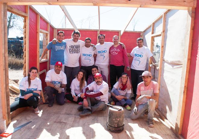 FCA-construyo-nuevas-casas-junto-a-la-ONG-Techo-en-Cordoba