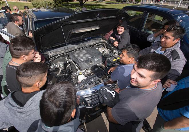 Toyota fortalece su compromiso con la educación 3