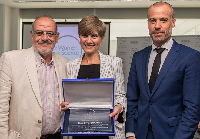 """RSE. L´Oréal- Unesco entregaron el premio """"Por las Mujeres en la Ciencia"""""""