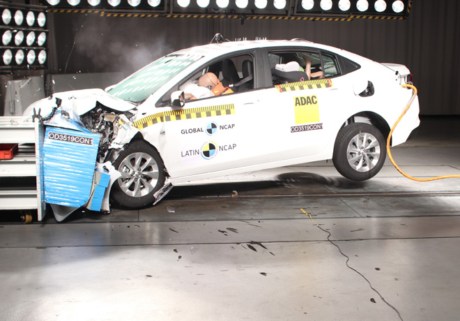 Latin NCAP - Chevrolet New Onix - con 6 Airbags